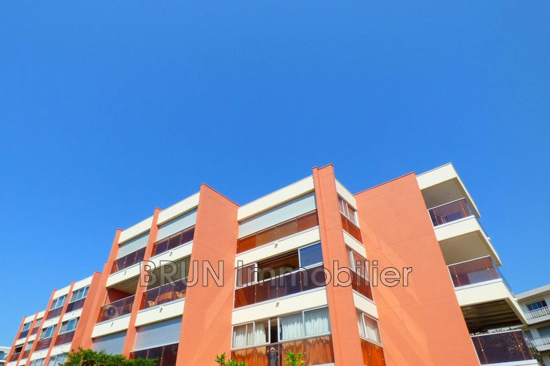 Photo Appartement Antibes Piscine,   achat appartement  2 pièces   41 m²