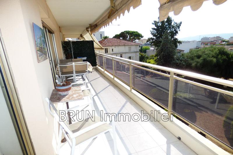 Photo Appartement Juan-les-Pins Juan centre,   achat appartement  2 pièces   41m²