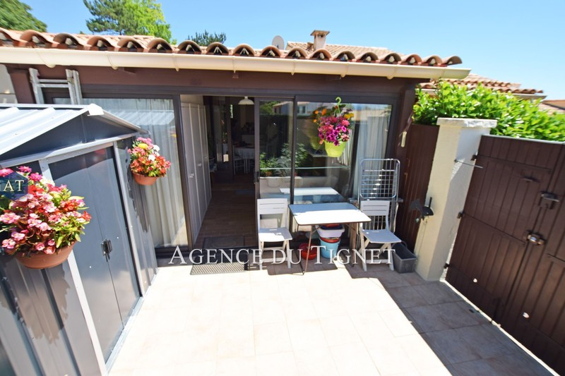 House Saint-Vallier-de-Thiey   to buy house  1 bedroom   25 m²