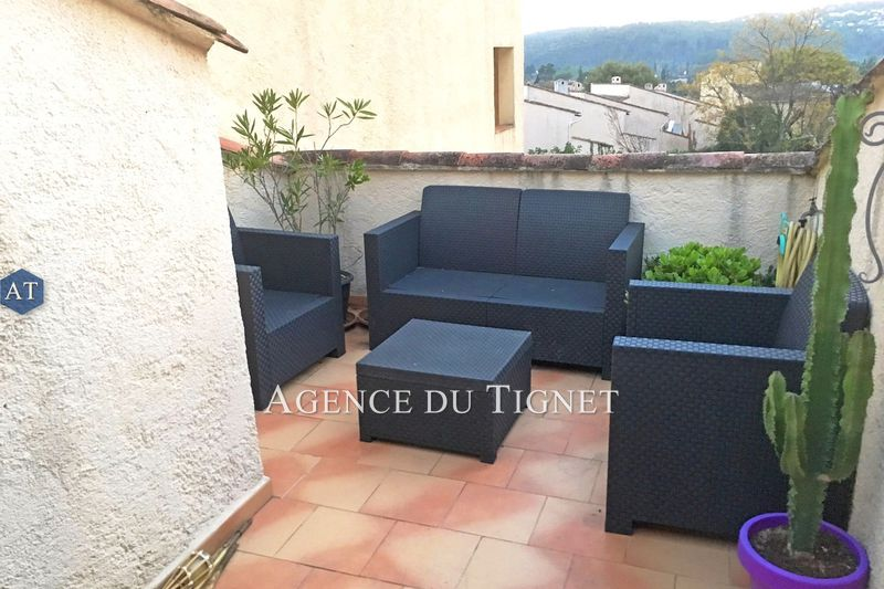 Photo n°1 - Vente appartement Peymeinade 06530 - 168 000 €