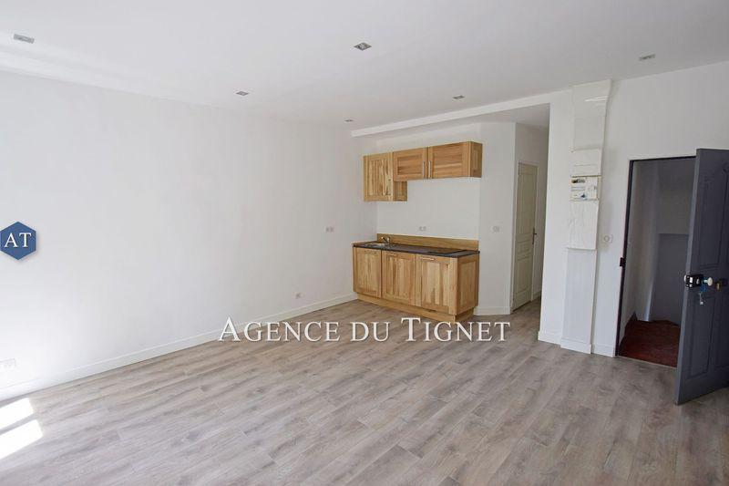 Photo Appartement Saint-Cézaire-sur-Siagne   achat appartement  2 pièces   32m²