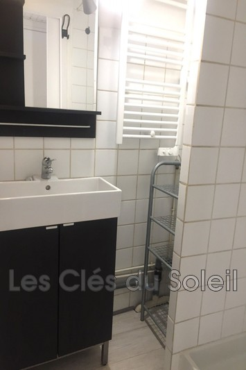 Photo n°5 - Location appartement Collobrières 83610 - 530 €