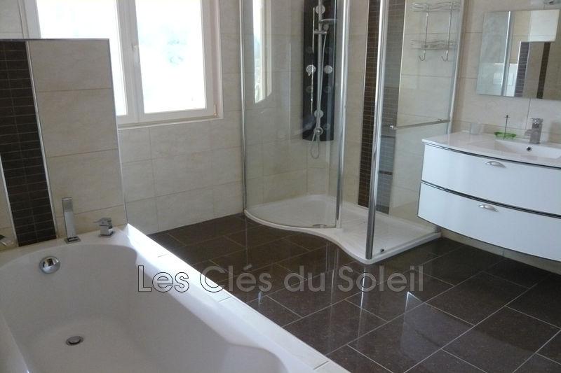 Photo n°5 - Vente Maison villa Besse-sur-Issole 83890 - 499 000 €