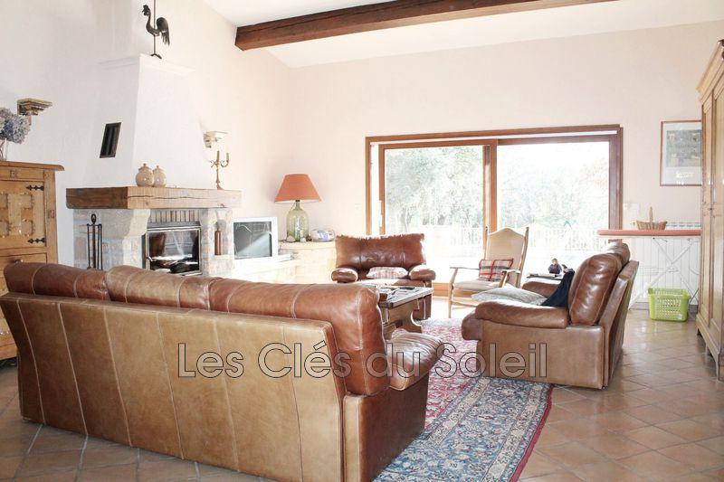 Photo n°2 - Vente Maison propriété Sainte-Anastasie-sur-Issole 83136 - 749 000 €