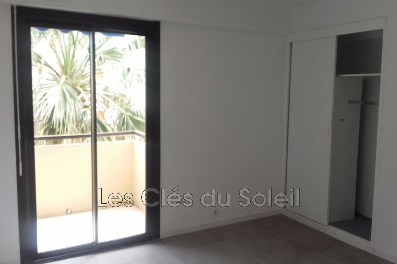 Photo n°2 - Vente appartement Hyères 83400 - 243 800 €