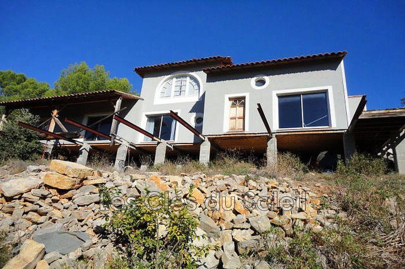 maison  5 pièces  Carcès   174m² -