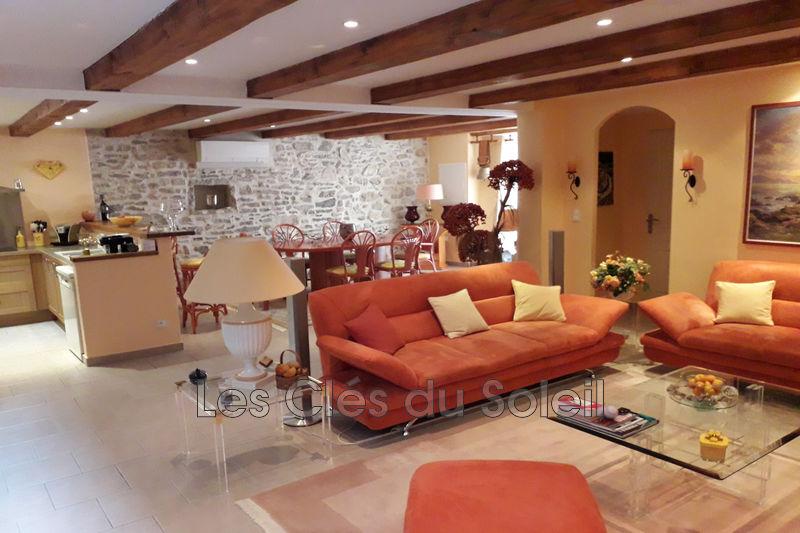 maison  5 pièces  Besse-sur-Issole   150m² -