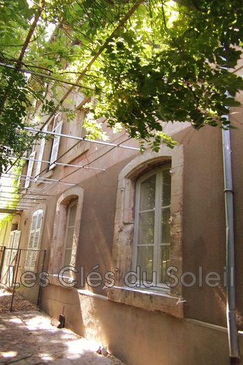 maison  5 pièces  Le Luc   145m² -