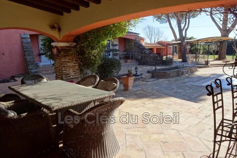 maison  8 pièces  Solliès-Pont   220m² -