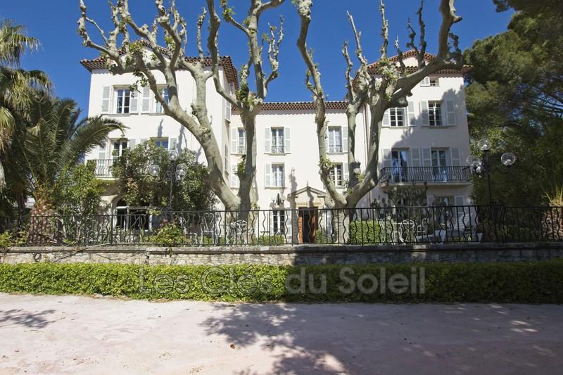 maison  Solliès-Pont   670m² -