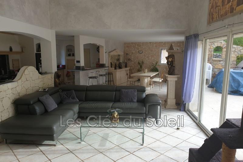 maison  4 pièces  Carcès   146m² -