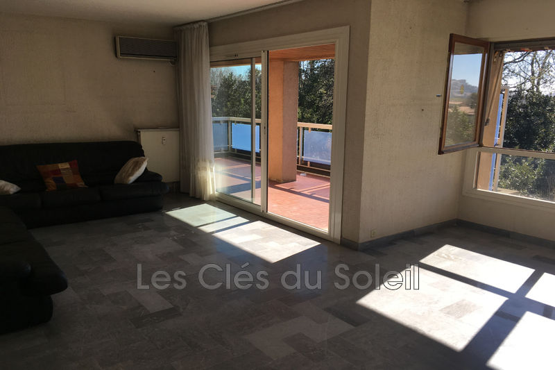 Photo n°1 - Vente appartement Hyères 83400 - 289 000 €