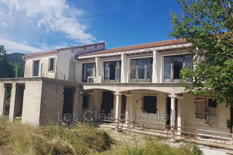 maison  8 pièces  Brignoles   330m² -