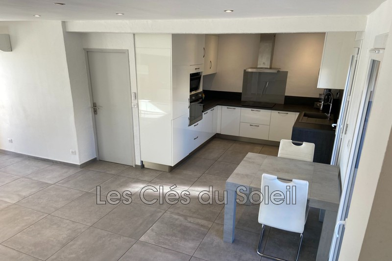 Photo n°3 - Vente maison Hyères 83400 - 389 000 €
