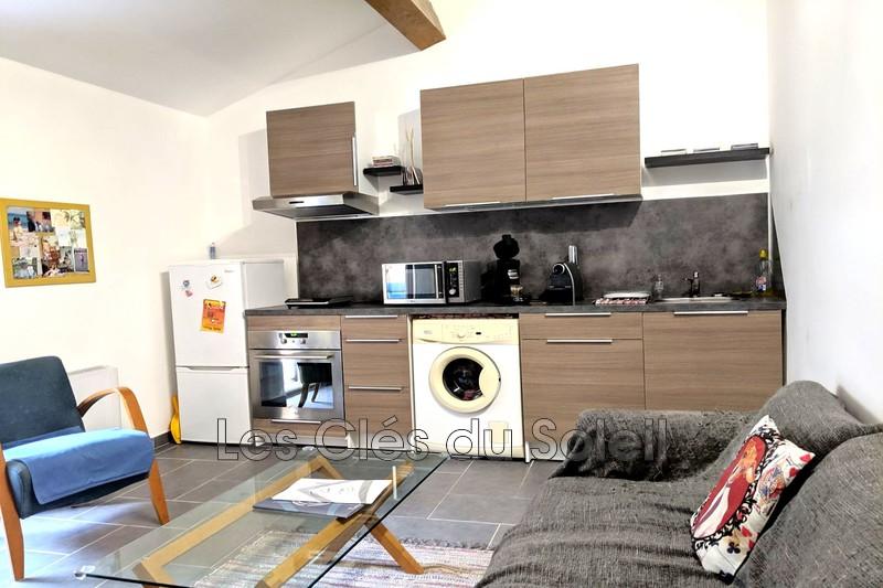 appartement  2 pièces  Solliès-Toucas Centre village  49m² -
