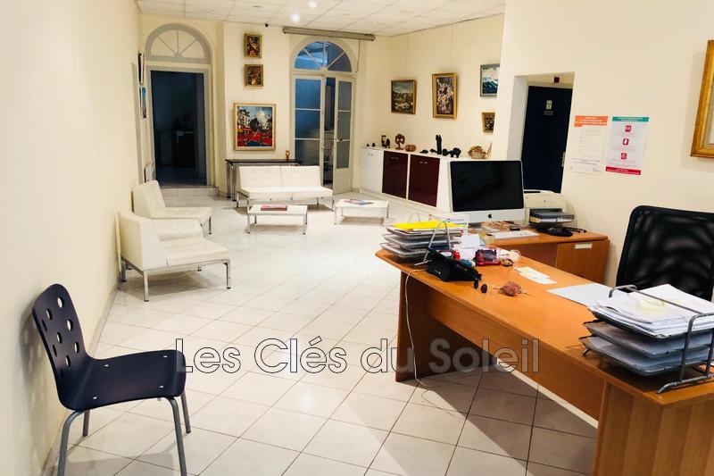 appartement  6 pièces  Hyères   164m² -