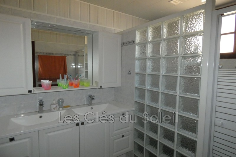 Photo n°5 - Vente maison Besse-sur-Issole 83890 - 315 000 €