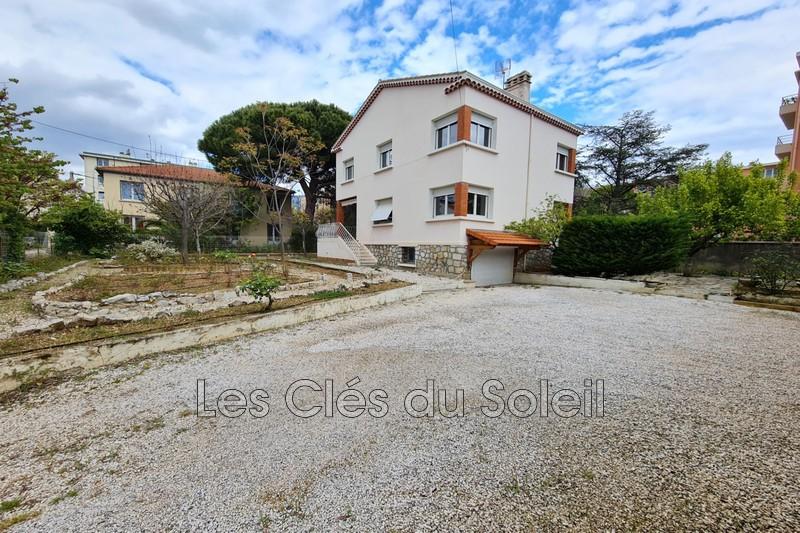 maison  5 pièces  La Valette-du-Var Centre ville  140m² -