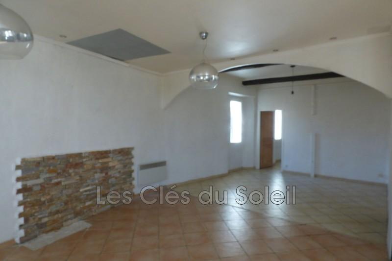 appartement  4 pièces  Méounes-lès-Montrieux Village  78m² -