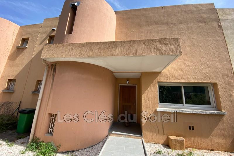 maison  4 pièces  Toulon Les bonnes herbes   95m² -