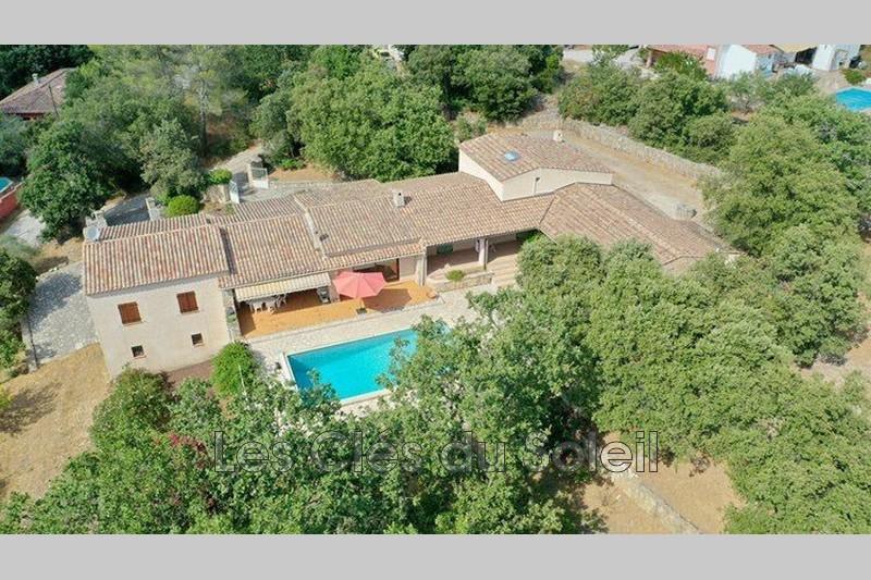 maison  10 pièces  Sainte-Anastasie-sur-Issole   352m² -