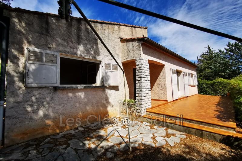 maison  3 pièces  Carcès   75m² -