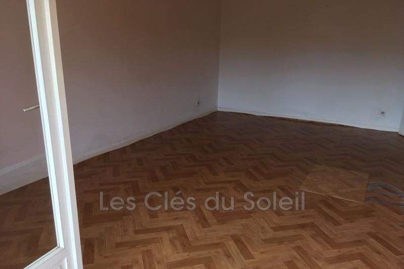 Photo n°3 - Vente appartement Hyères 83400 - 143 700 €