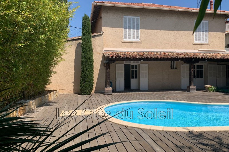 maison  6 pièces  Toulon Elisa  200m² -
