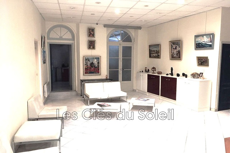 Photo n°1 - Vente appartement Hyères 83400 - 334 000 €