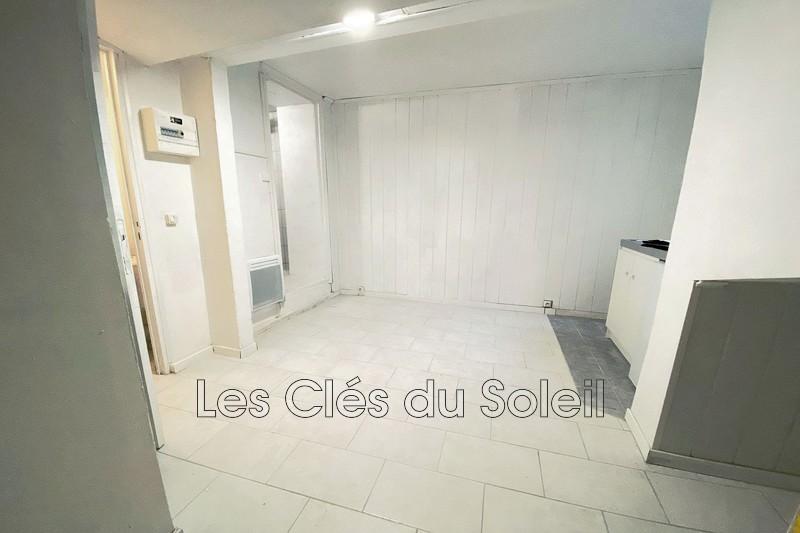 appartement  studio  Hyères Centre ville  17m² -