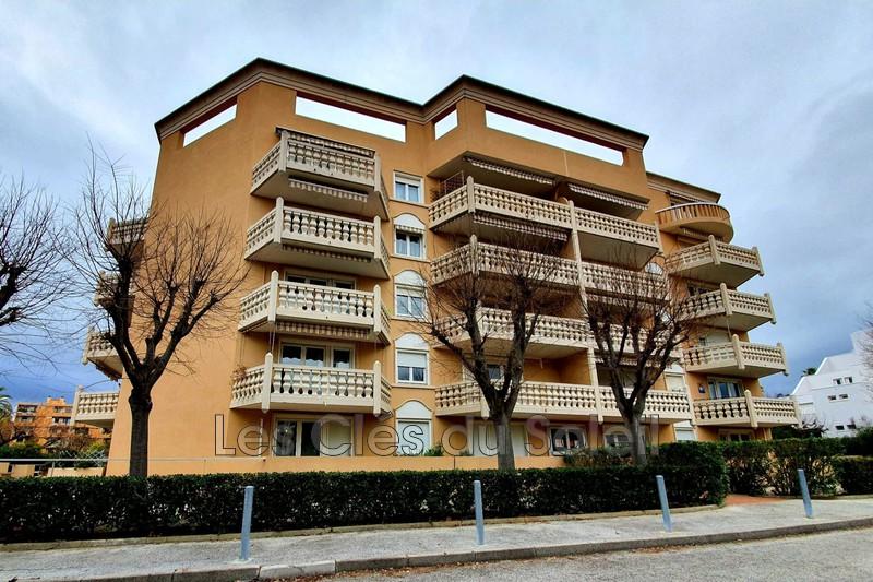 appartement  2 pièces  Hyères Médiathèque  37m² -