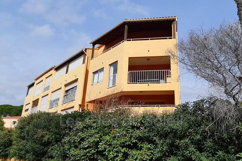 appartement  2 pièces  Hyères Le port  31m² -