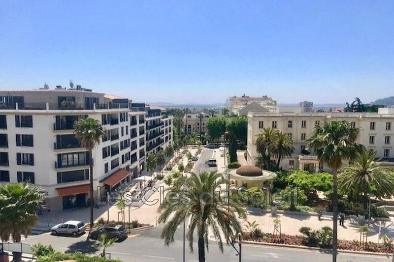 Photo n°1 - Vente appartement Hyères 83400 - 211 000 €