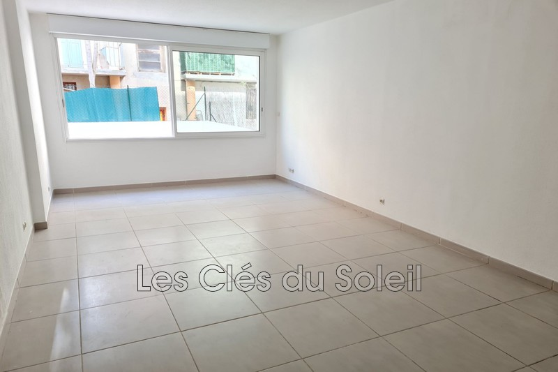 appartement  studio  Toulon   32 m² -