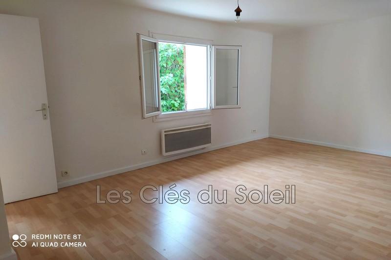 appartement  3 pièces  Flassans-sur-Issole   53m² -