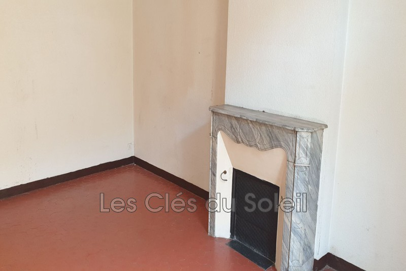 appartement  2 pièces  Toulon Champs de mars  61m² -
