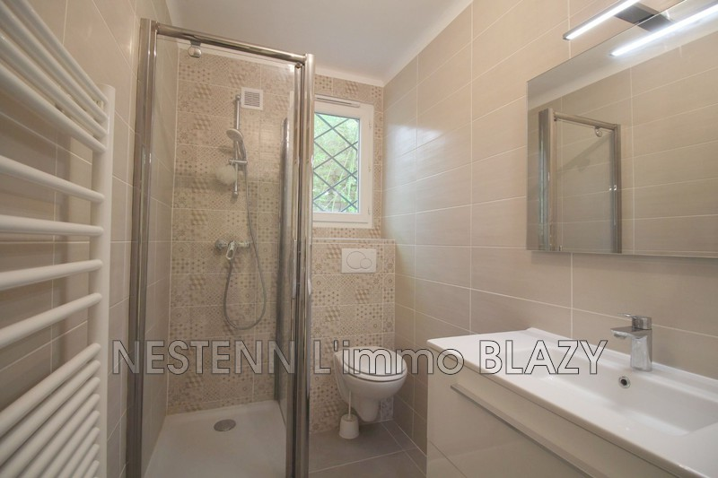 Photo n°4 - Location appartement Cannes 06400 - 650 €