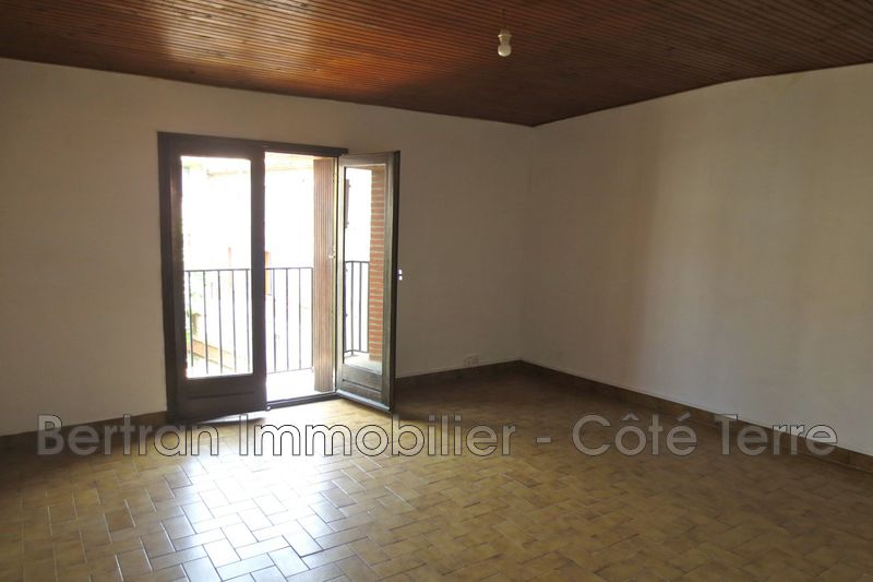 Photo Appartement Pia  Location appartement  4 pièces   107 m²