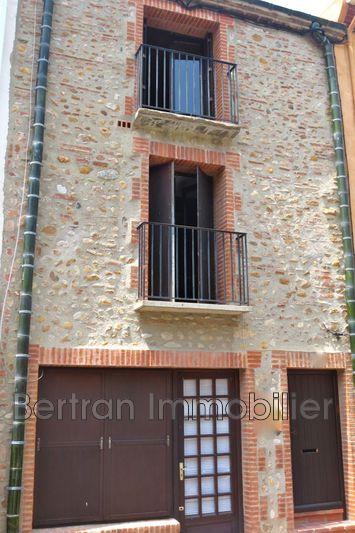 Photo Appartement Pia  Location appartement  4 pièces   107m²