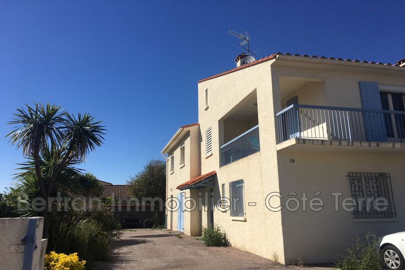 Photo Appartement Rivesaltes Village,  Location appartement  4 pièces   79 m²