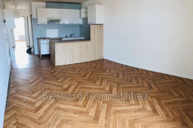 Photo Appartement Rivesaltes  Location appartement  2 pièces   45m²