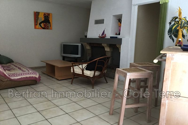 Photo Appartement Rivesaltes Village,  Location appartement  3 pièces   86 m²