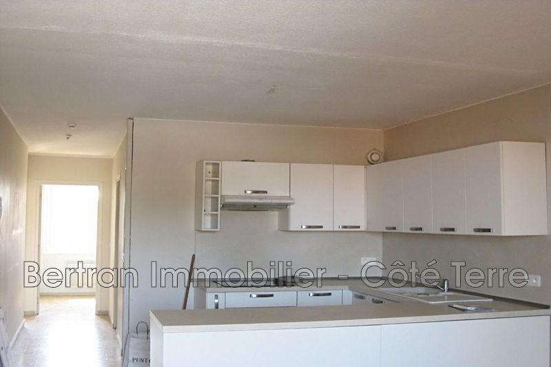 Photo Appartement Rivesaltes Village,  Location appartement  3 pièces   53 m²