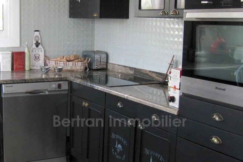 Photo Maison Saint-Estève   achat maison  3 chambres   150m²