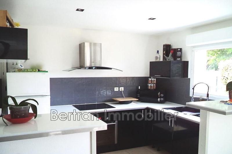 Photo Villa Baho   achat villa  2 chambres   73m²