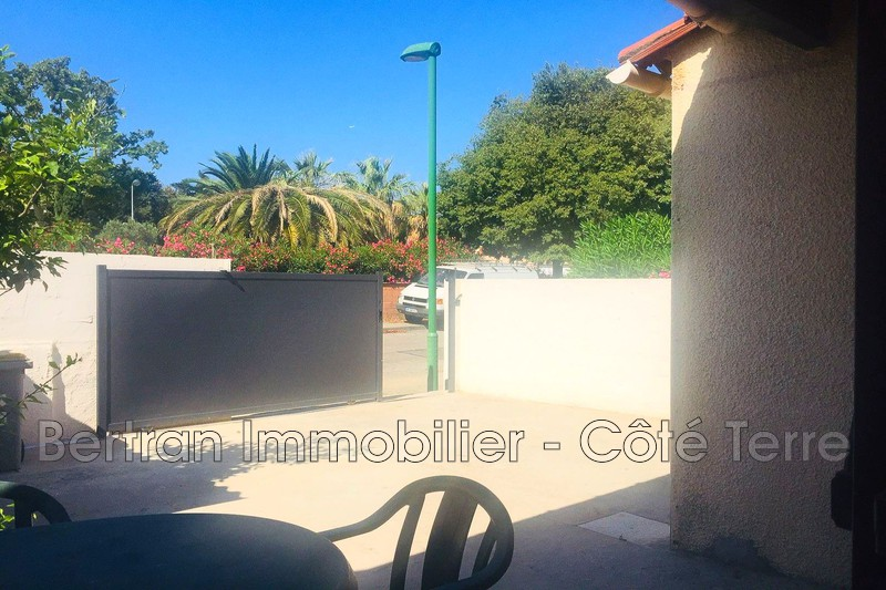 Photo Villa Rivesaltes Village,   achat villa  2 chambres   70m²