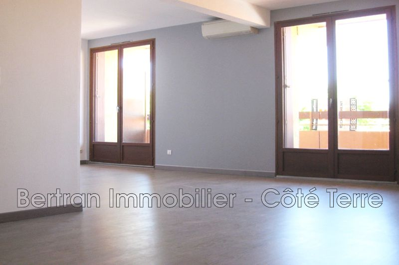 Photo Appartement Rivesaltes Village,   achat appartement  3 pièces   70 m²