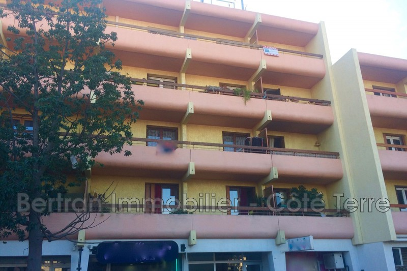 Photo Appartement Rivesaltes Centre-ville,   achat appartement  3 pièces   56 m²