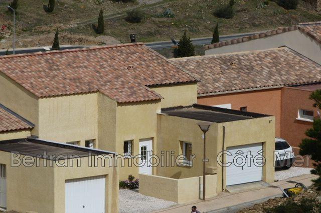 Maison contemporaine treilles village achat maison for Acheter une nouvelle maison
