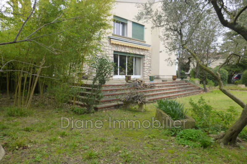 Photo Villa Nîmes   achat villa  6 pièces   190m²